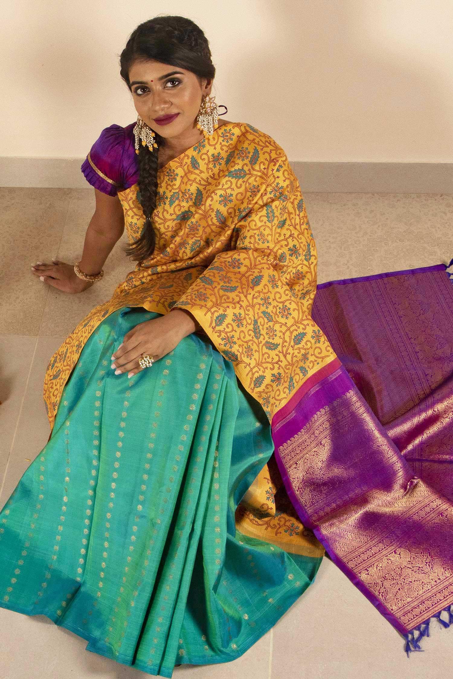 traditional-south-indian-silk-sarees (17)