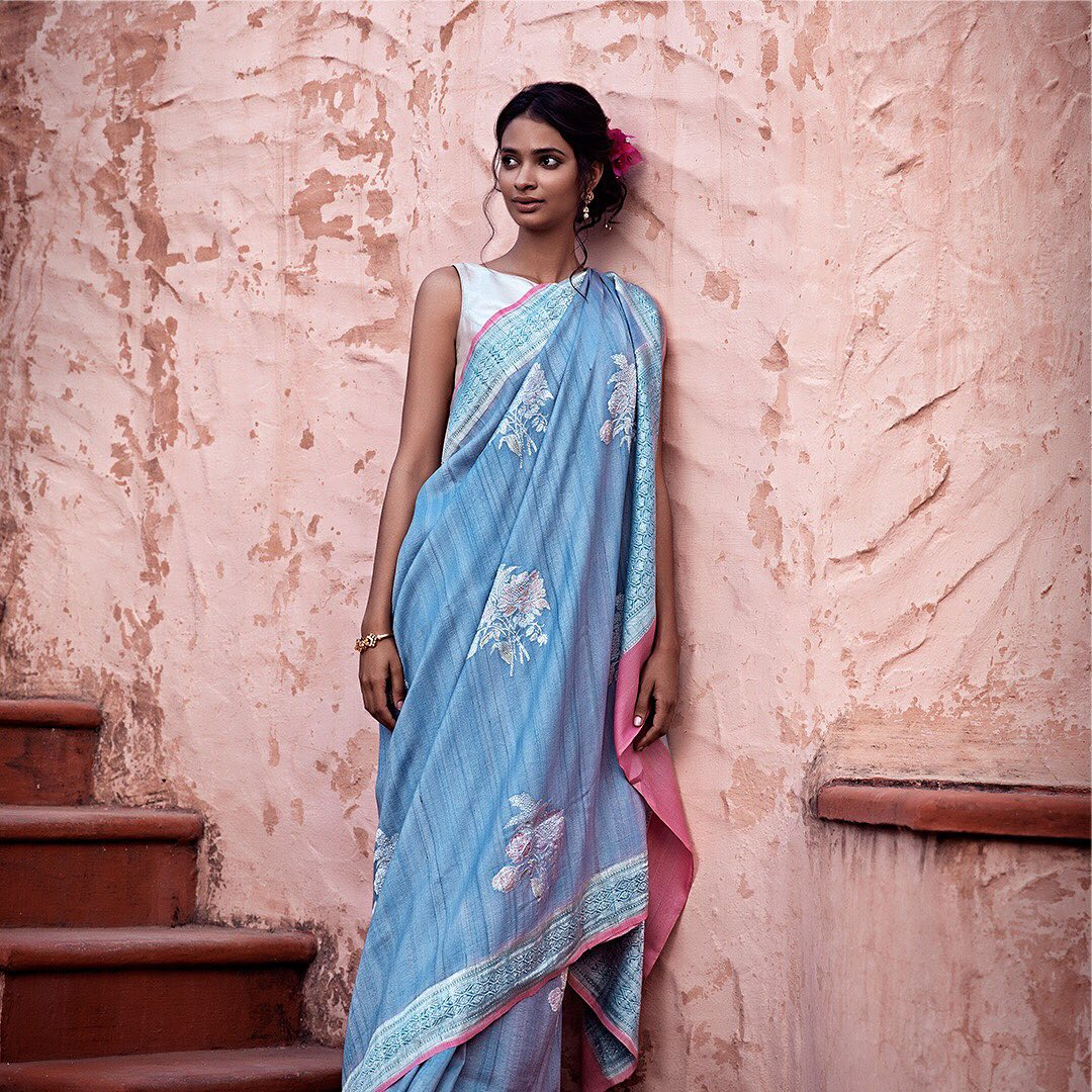 fancy-saree-and-blouse-designs (15)