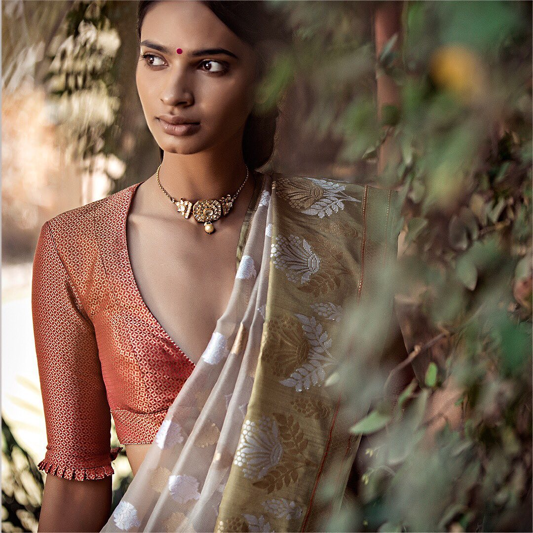 fancy-saree-and-blouse-designs (6)