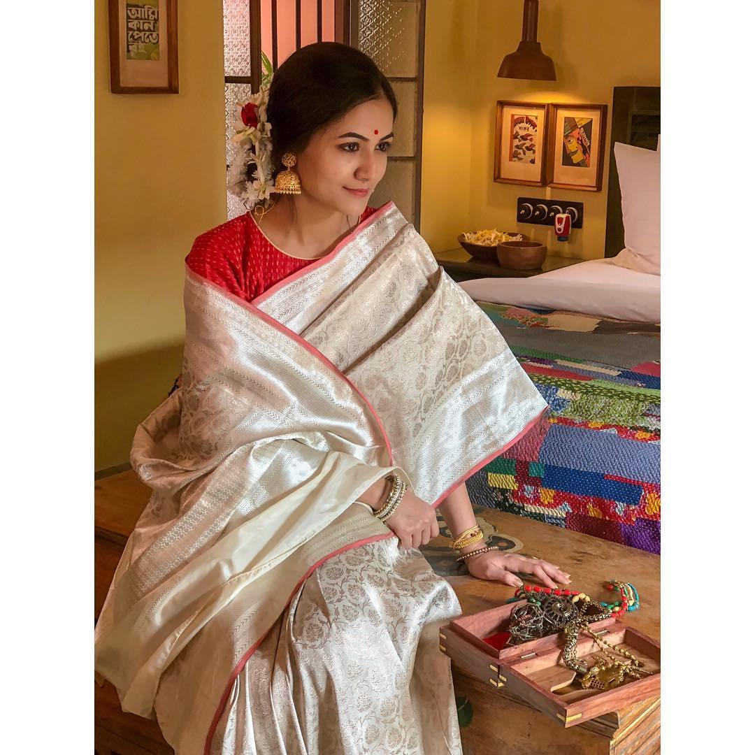 shop-pure-soft-silk-sarees-online (12)