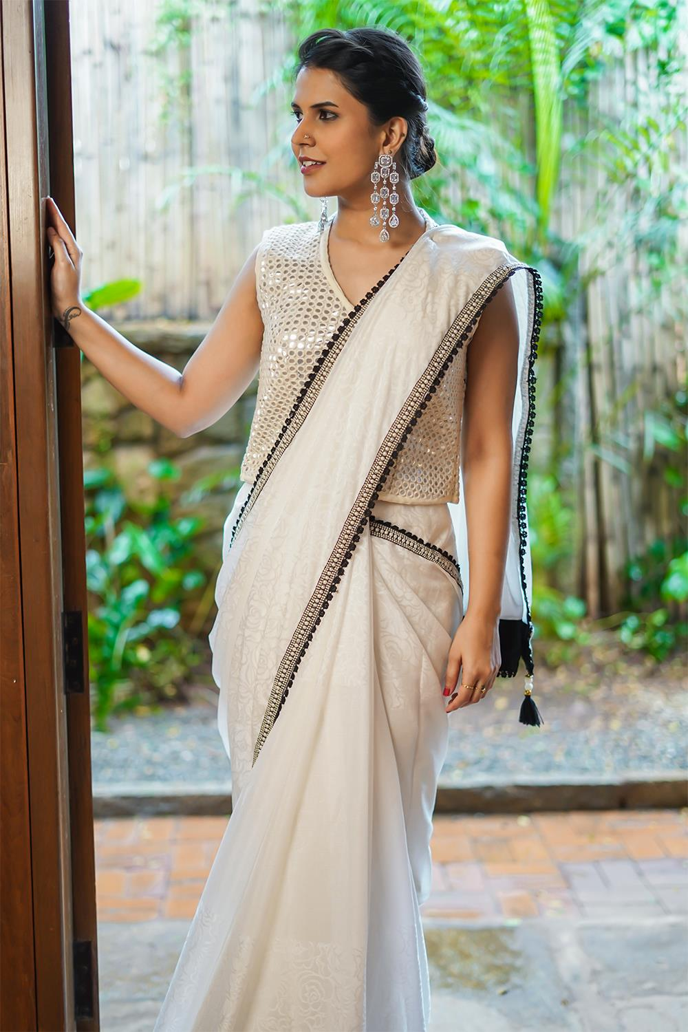 Party-Wear-Sarees-For-Festivals(15)