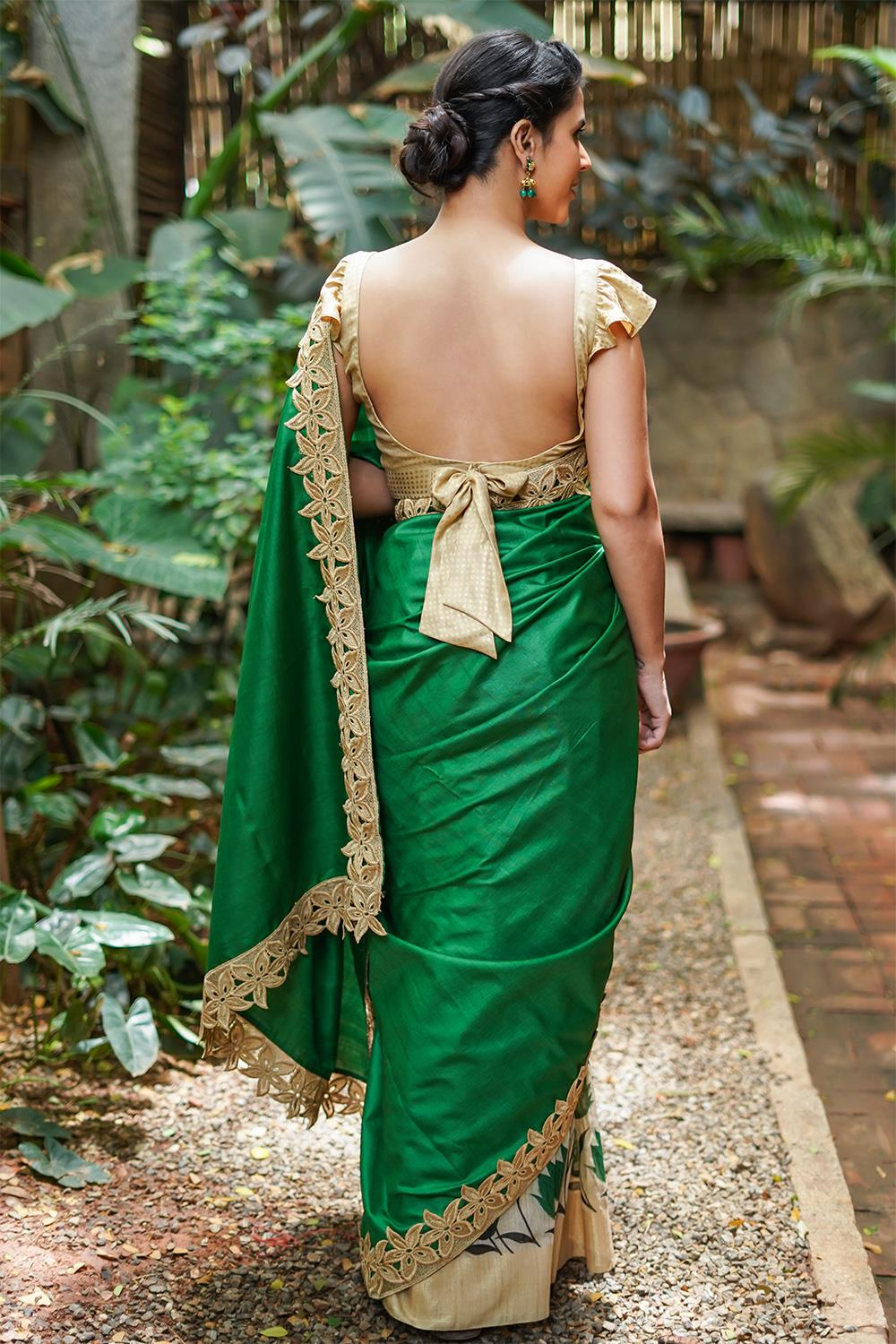 Party-Wear-Sarees-For-Festivals(6)