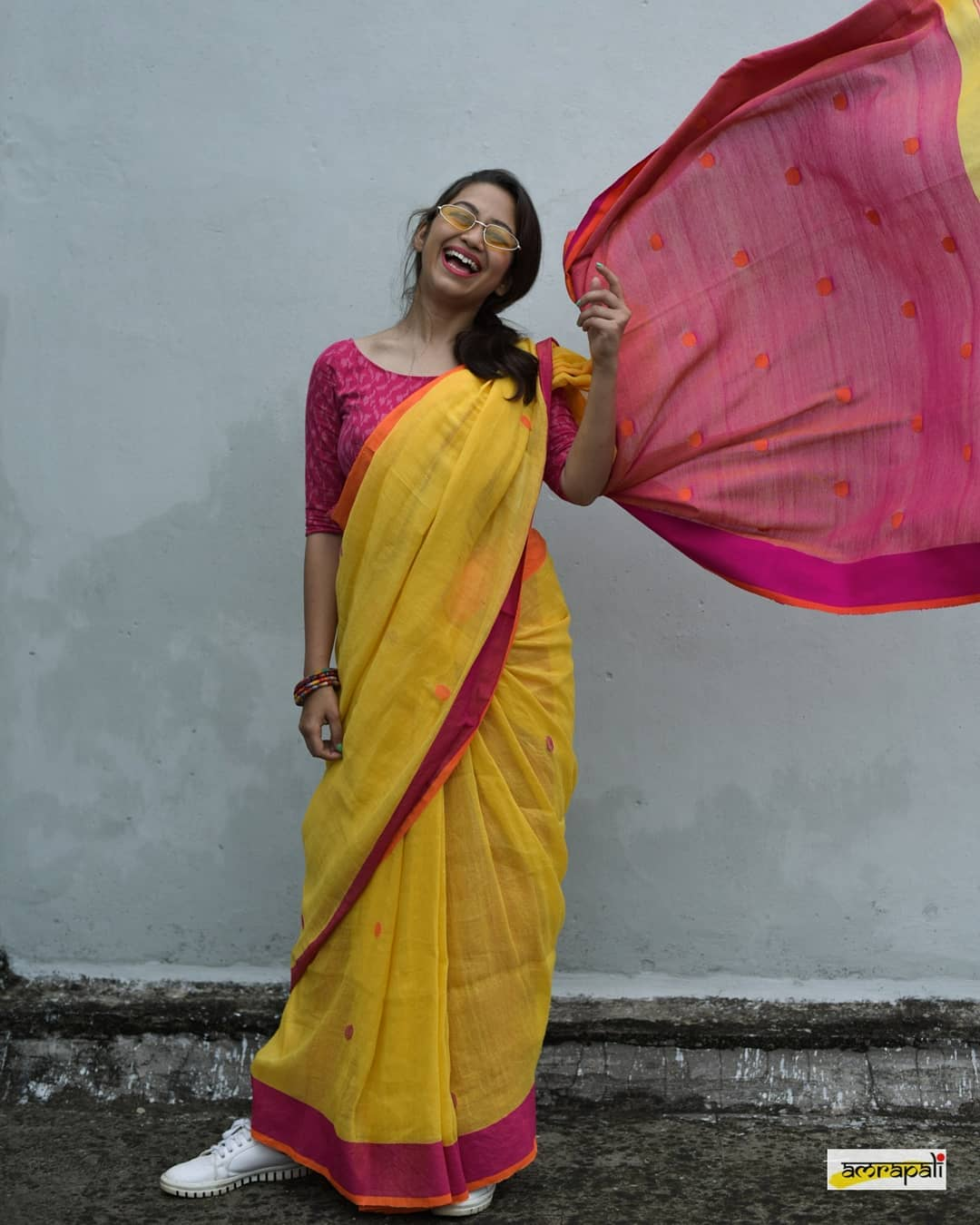 Simple-Saree-Look(8)
