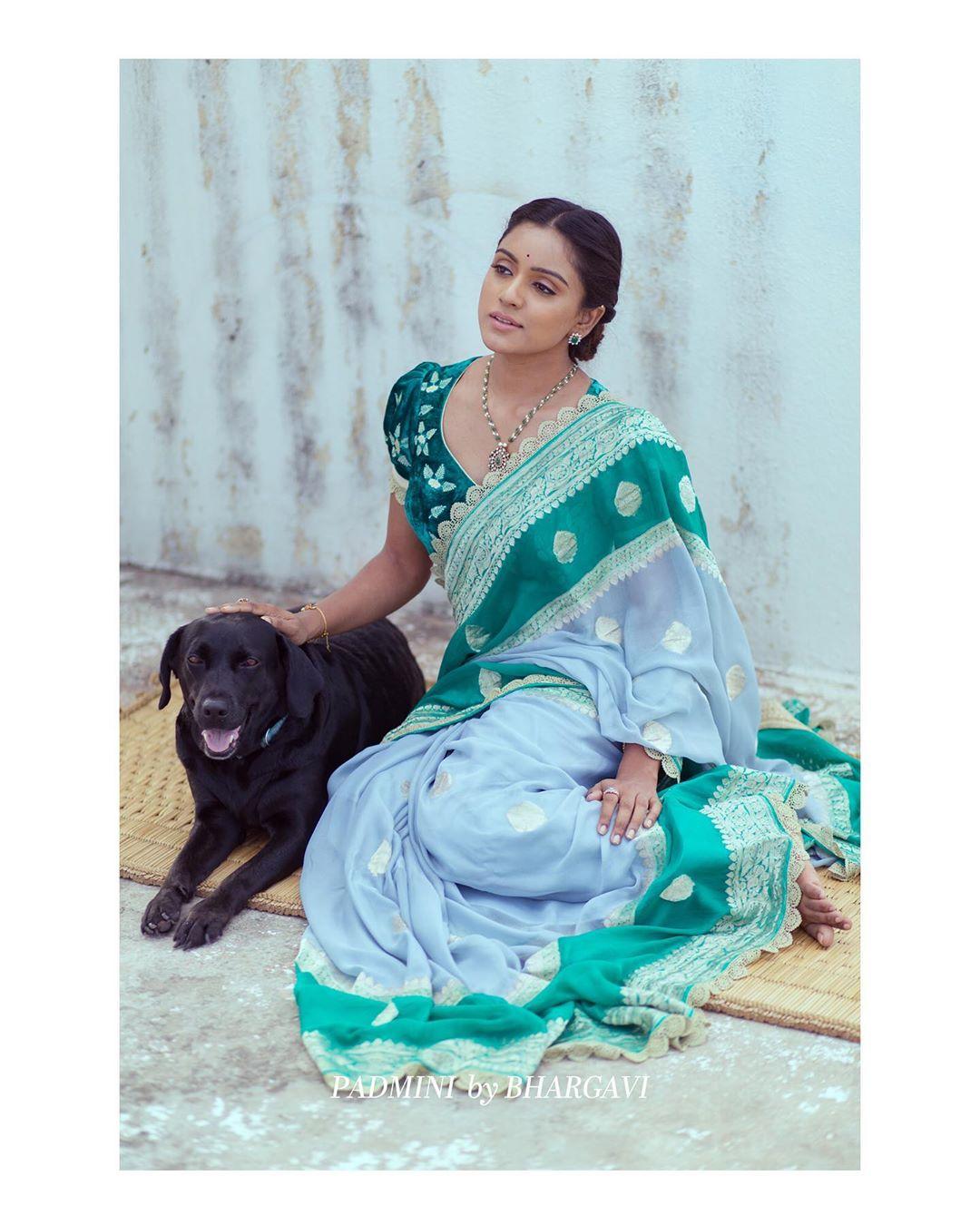 soft-silk-designer-sarees(10)