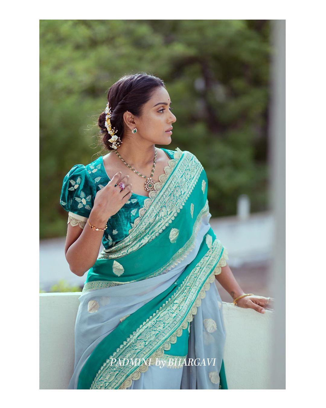 soft-silk-designer-sarees(13)