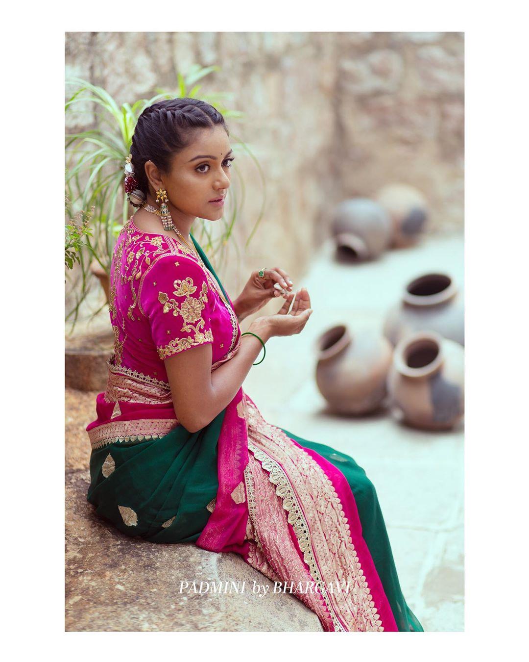 soft-silk-designer-sarees(2)