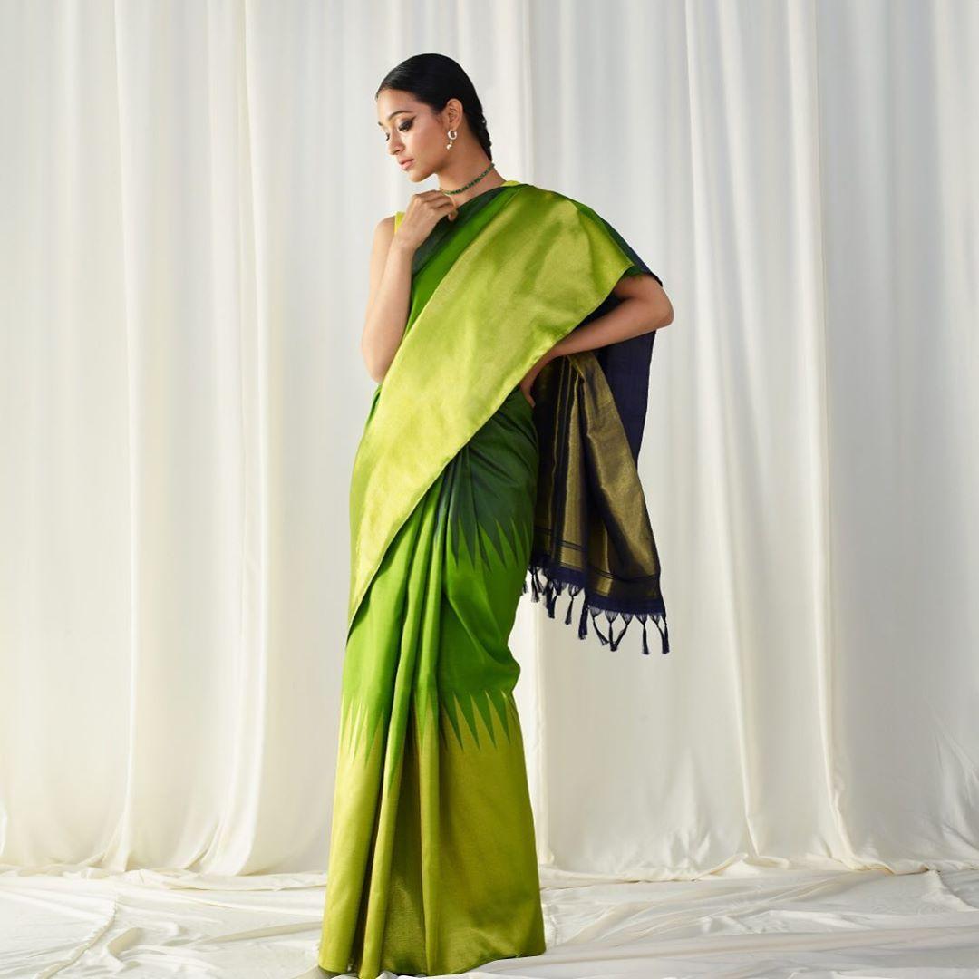 New-Silk-Saree-Designs(2)