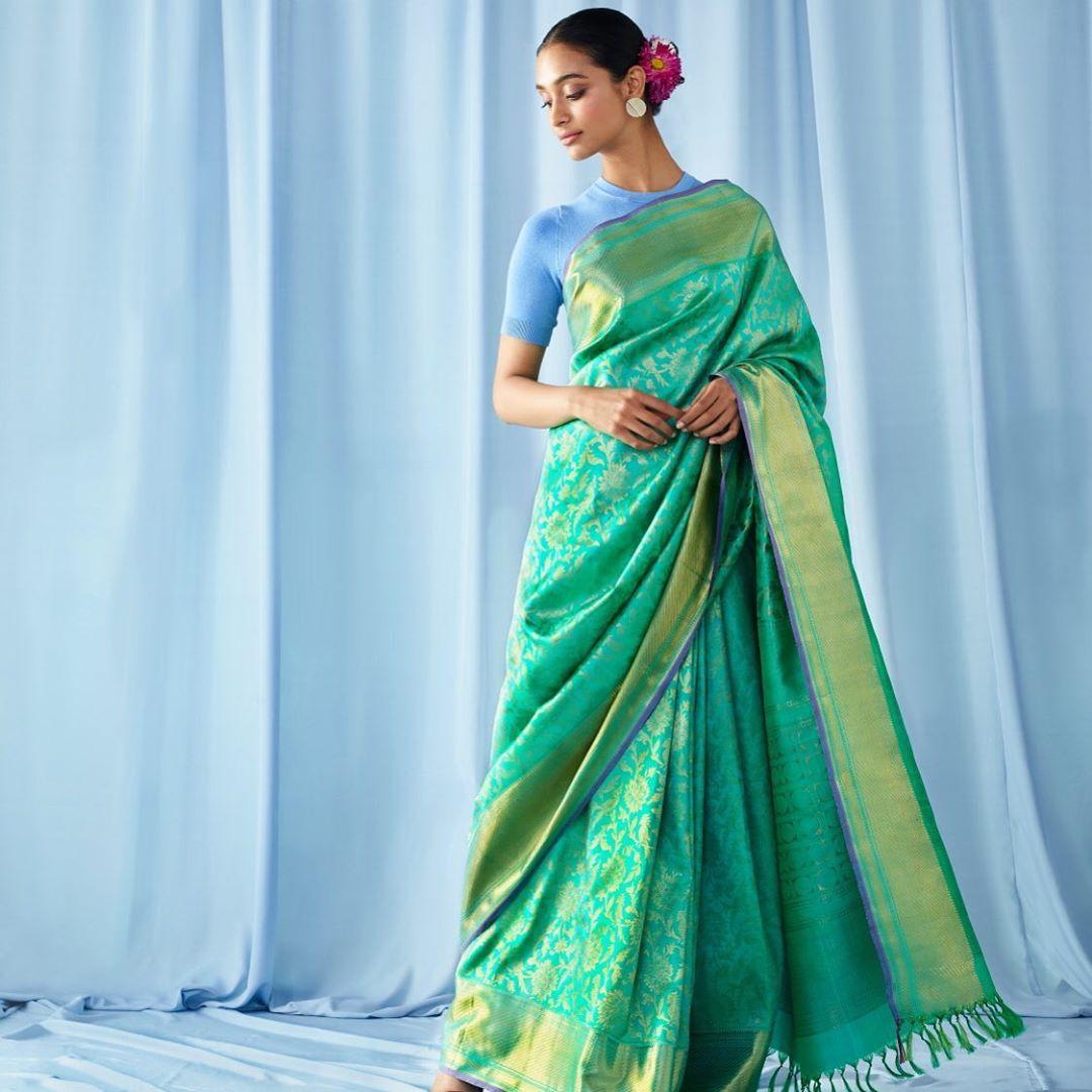 New-Silk-Saree-Designs(4)