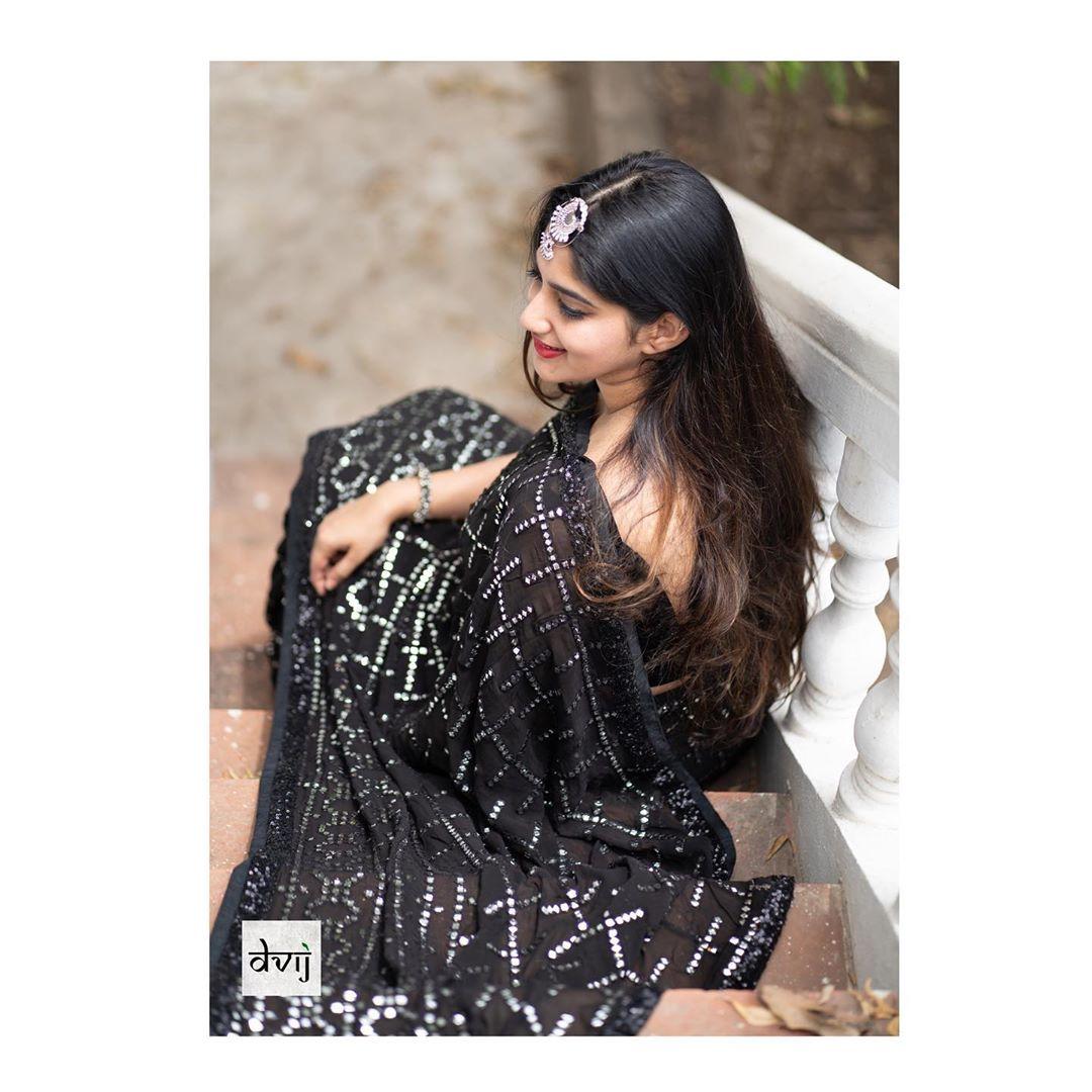 Trendy-Sarees-2019(15)