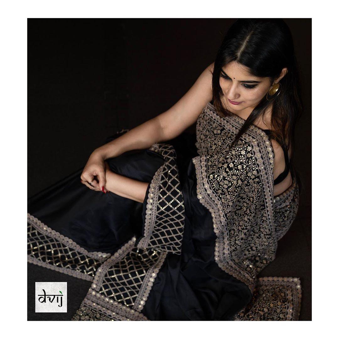 Trendy-Sarees-2019(8)