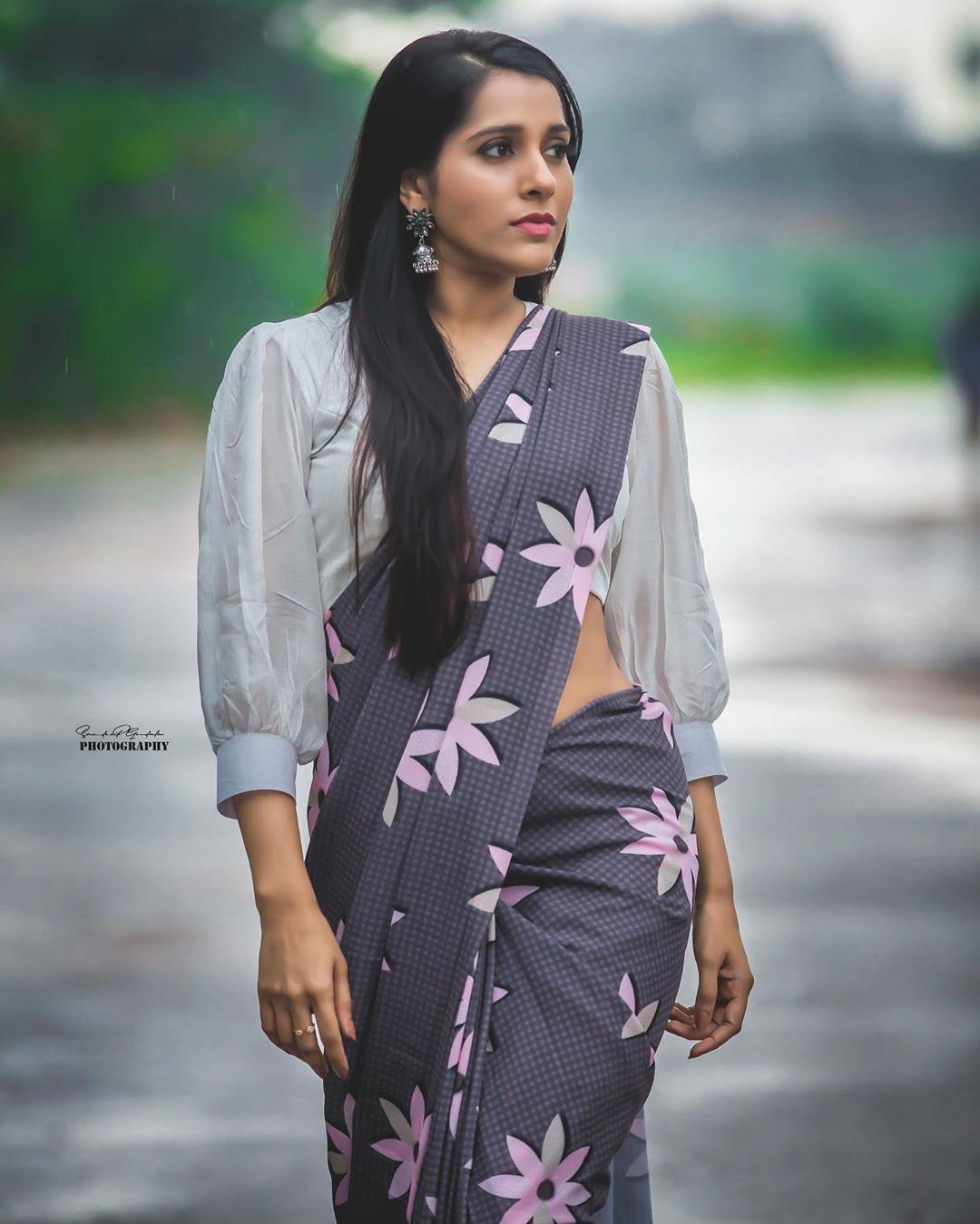 Celebrity-Saree(1)