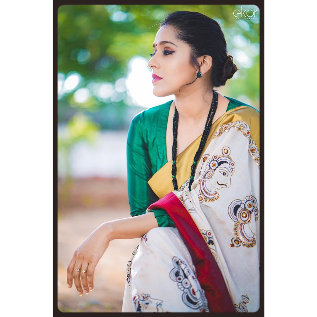 Celebrity-Saree(10)