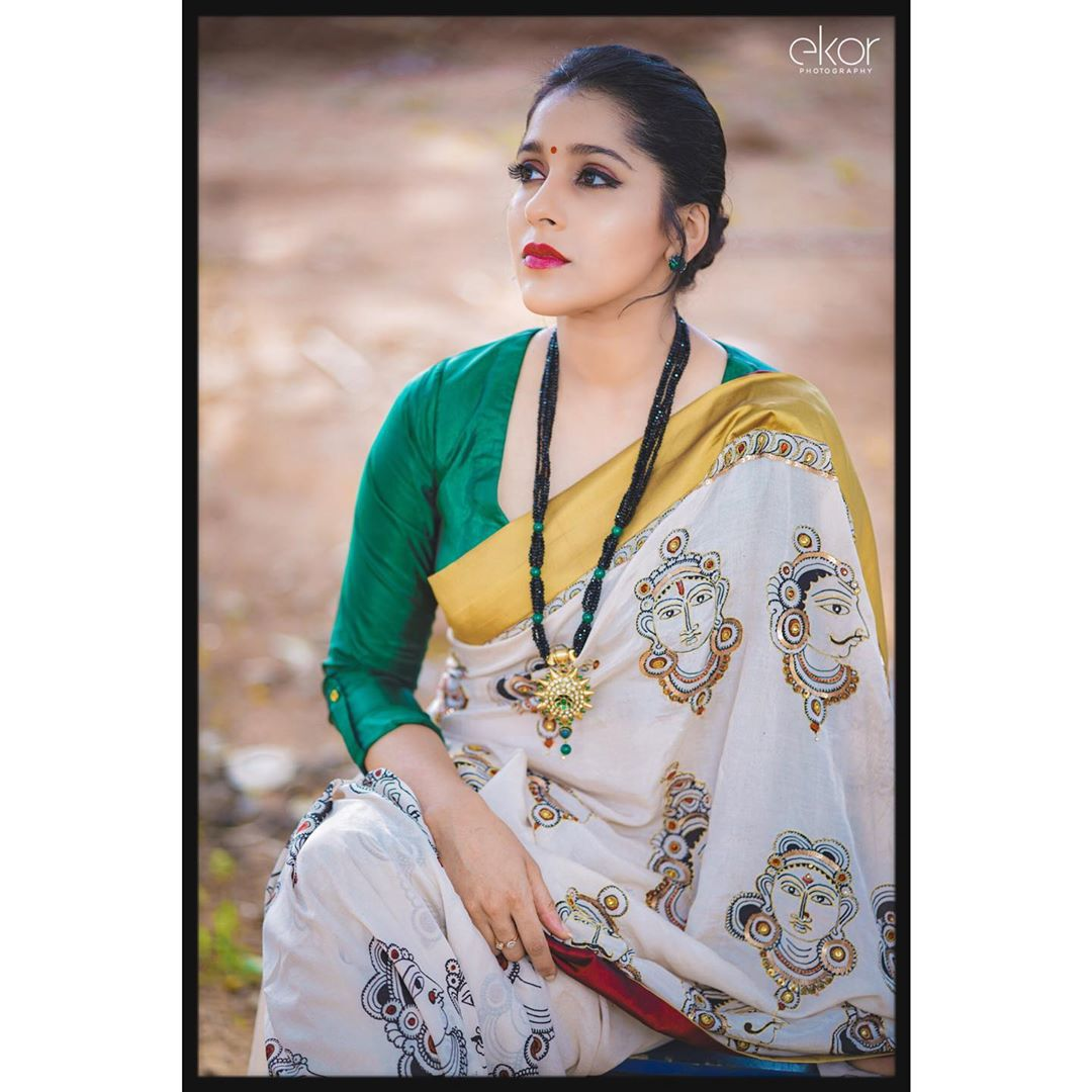 Celebrity-Saree(9)