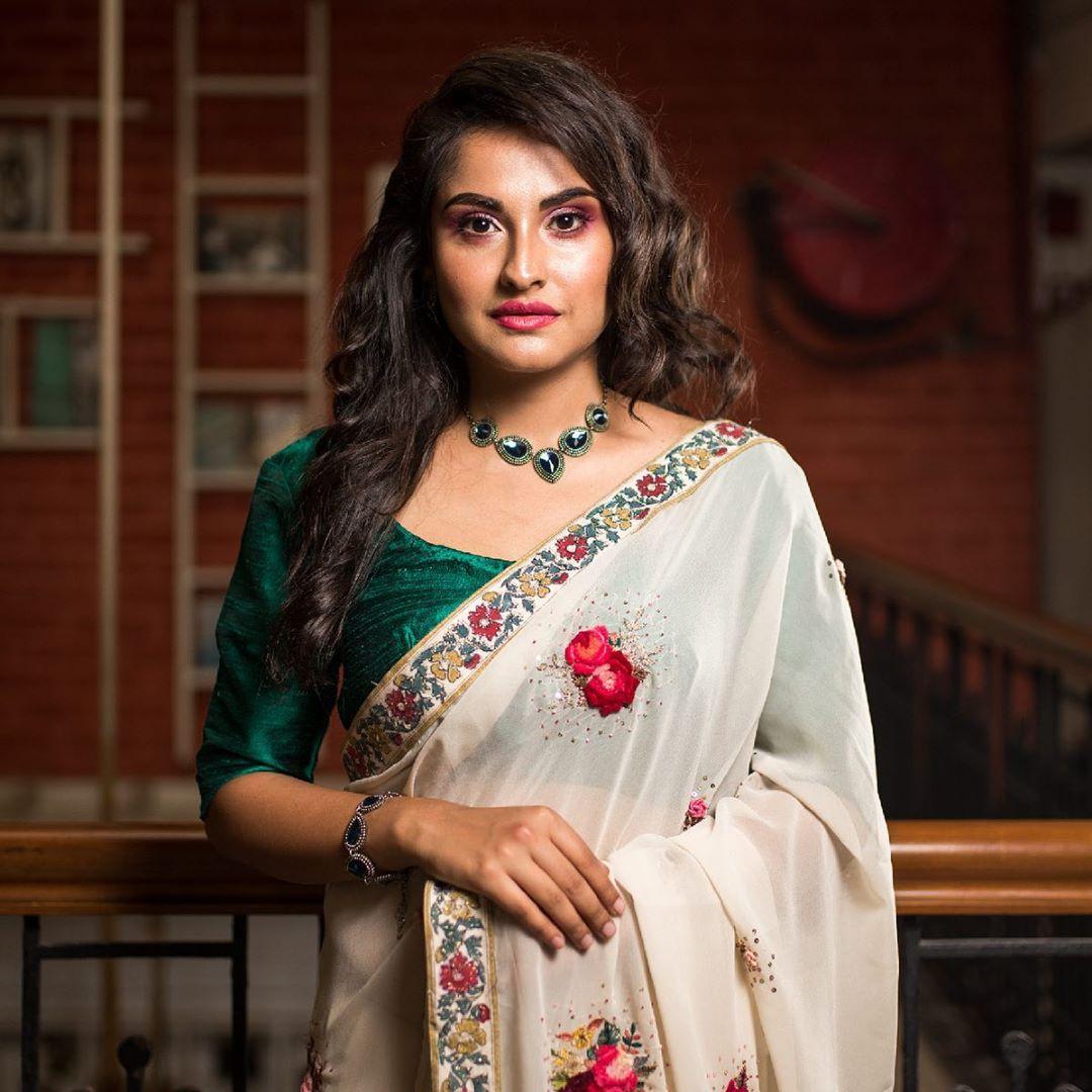 simple-sarees-11