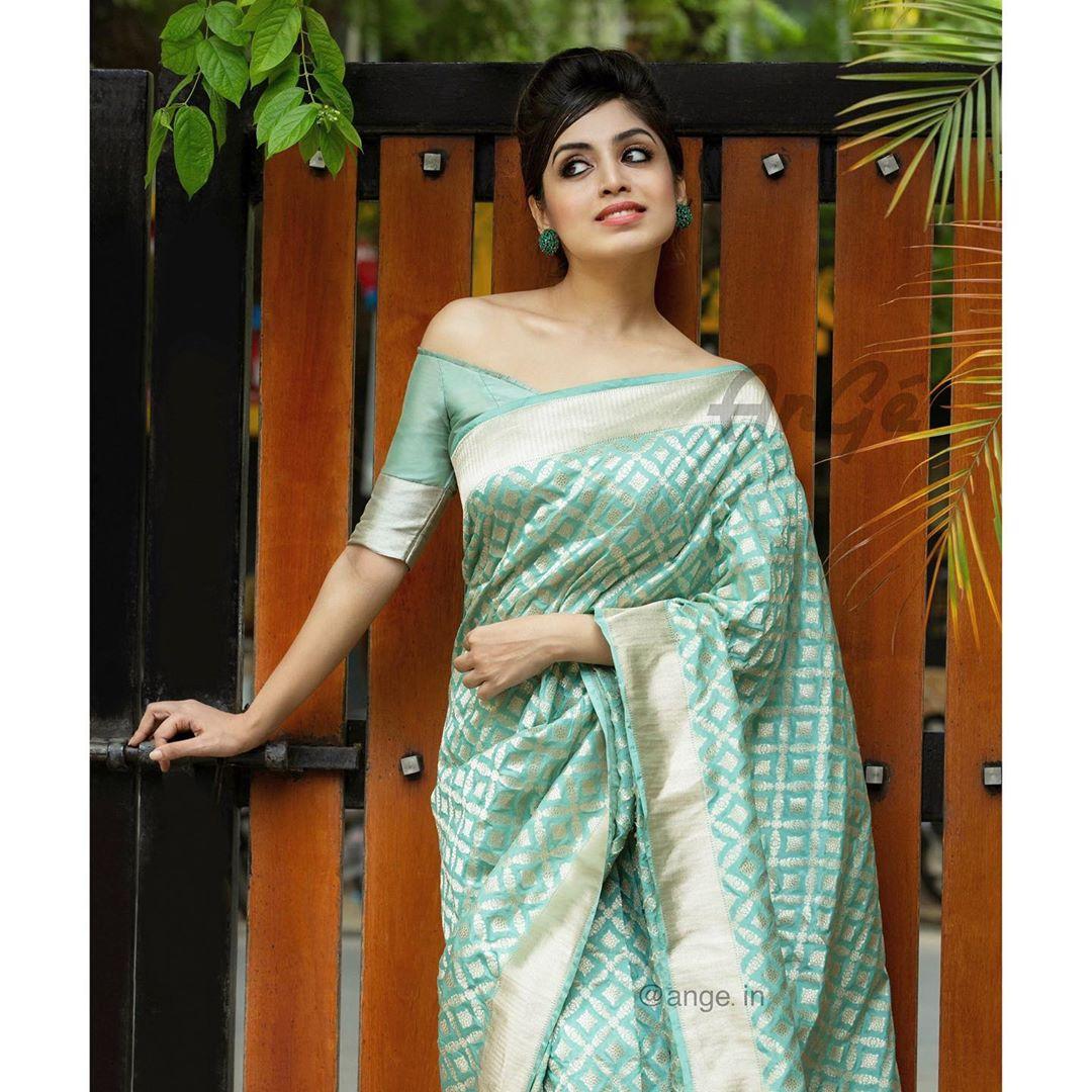 banarasi-sarees-latest-designs-10