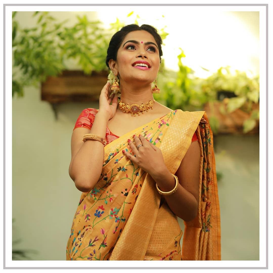 banarasi-sarees-latest-designs-12