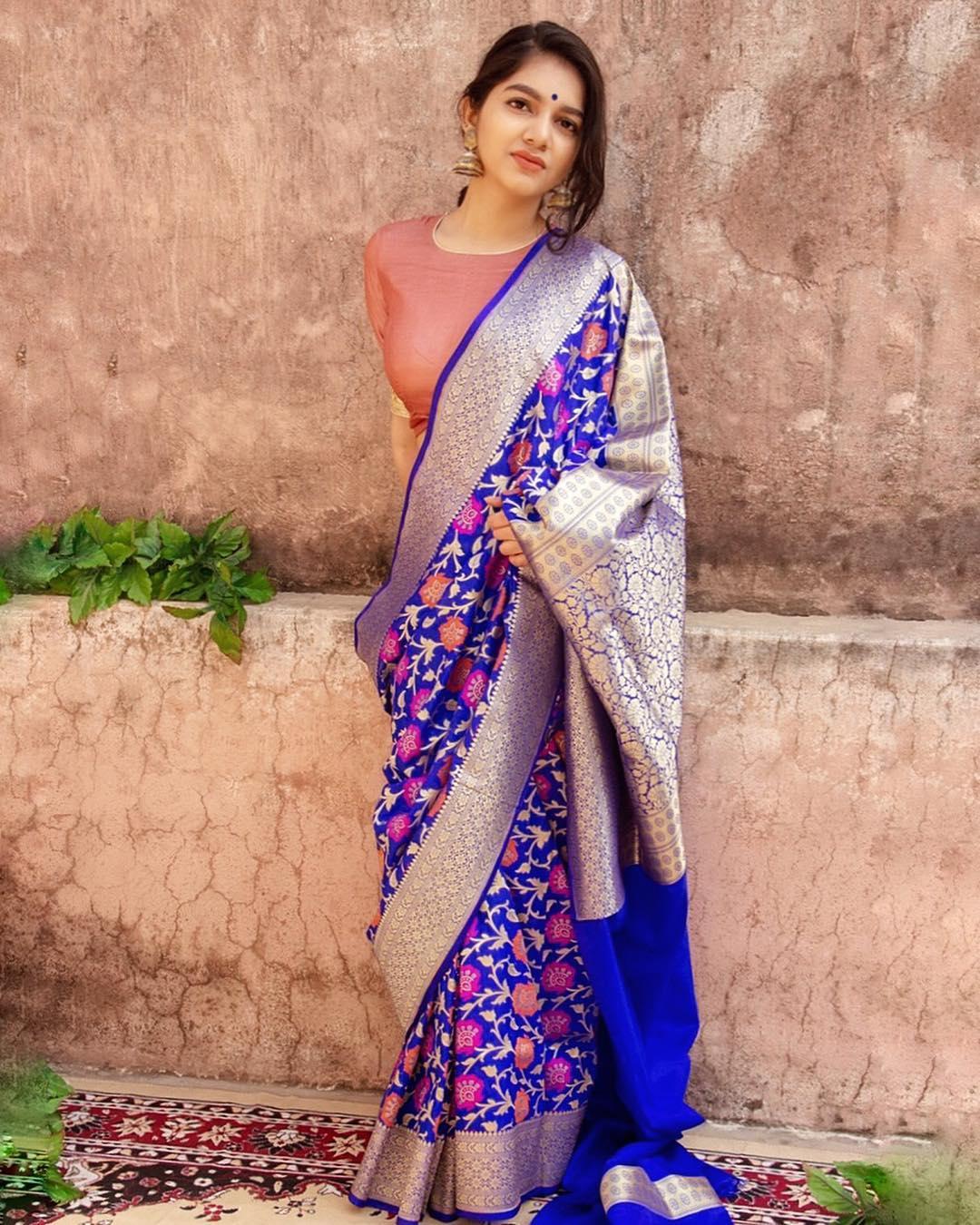 banarasi-sarees-latest-designs-6