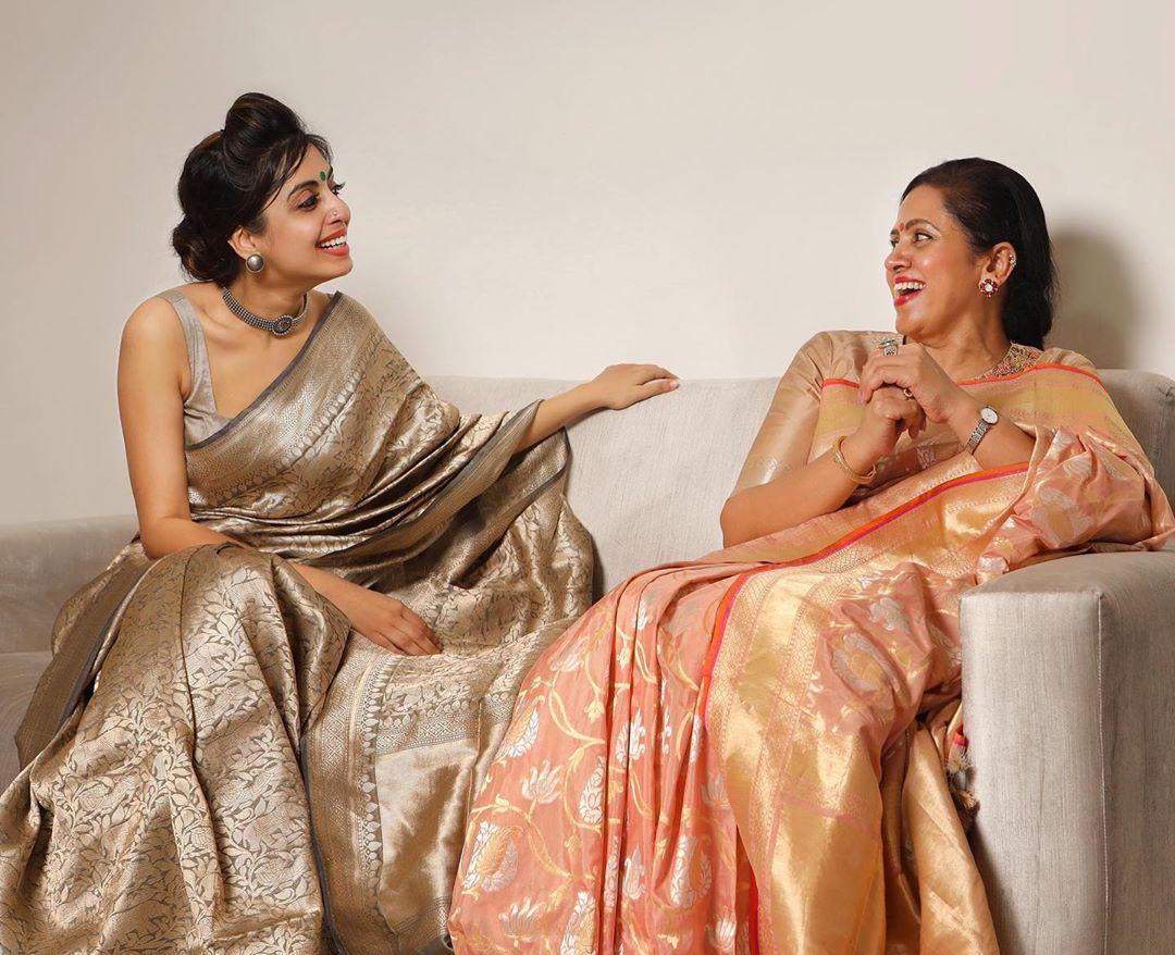 banarasi-sarees-latest-designs-8