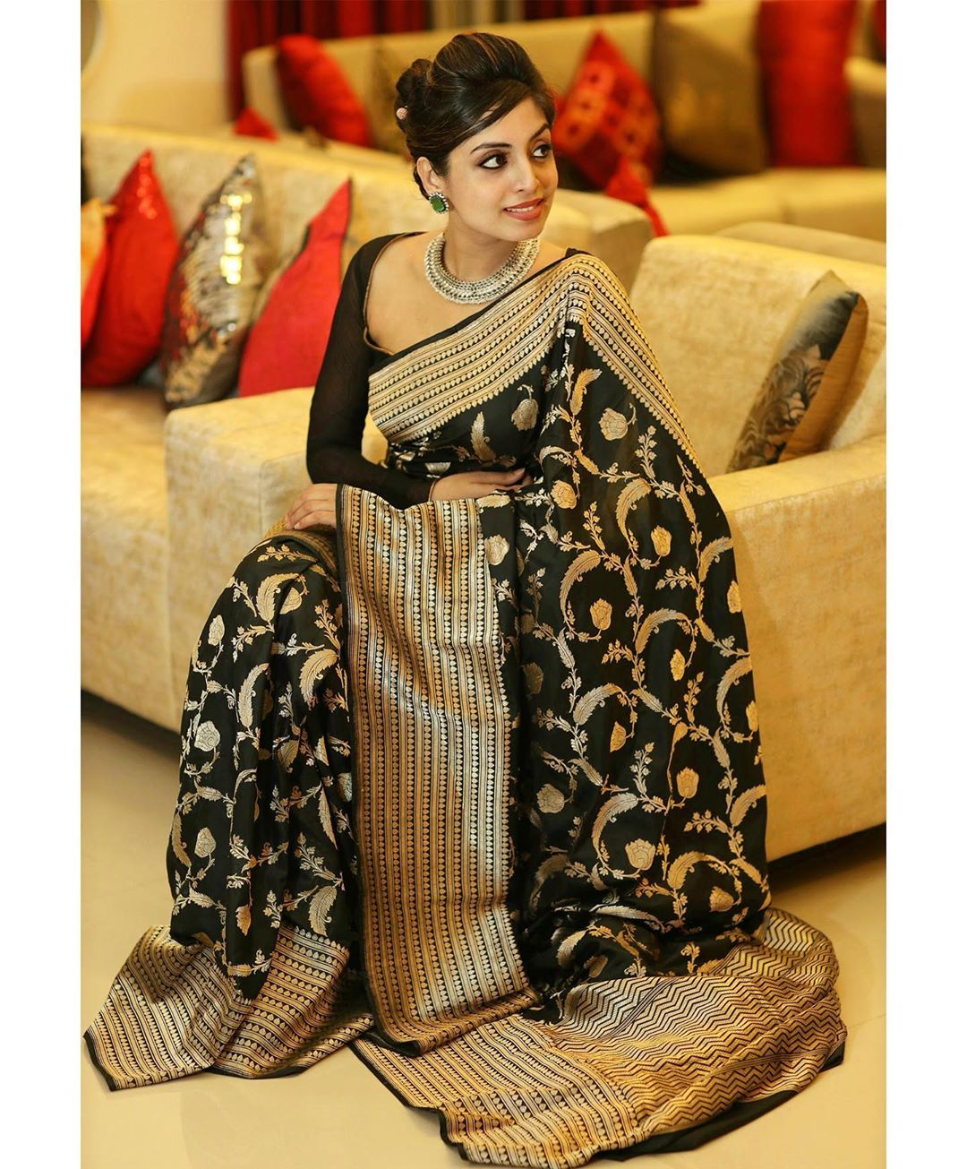 banarasi-sarees-latest-designs-9