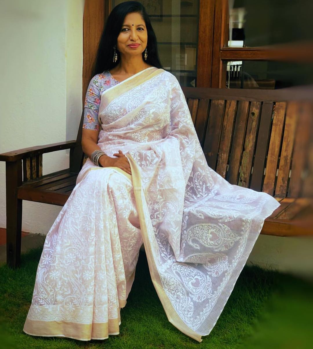 chikankari-sarees-14