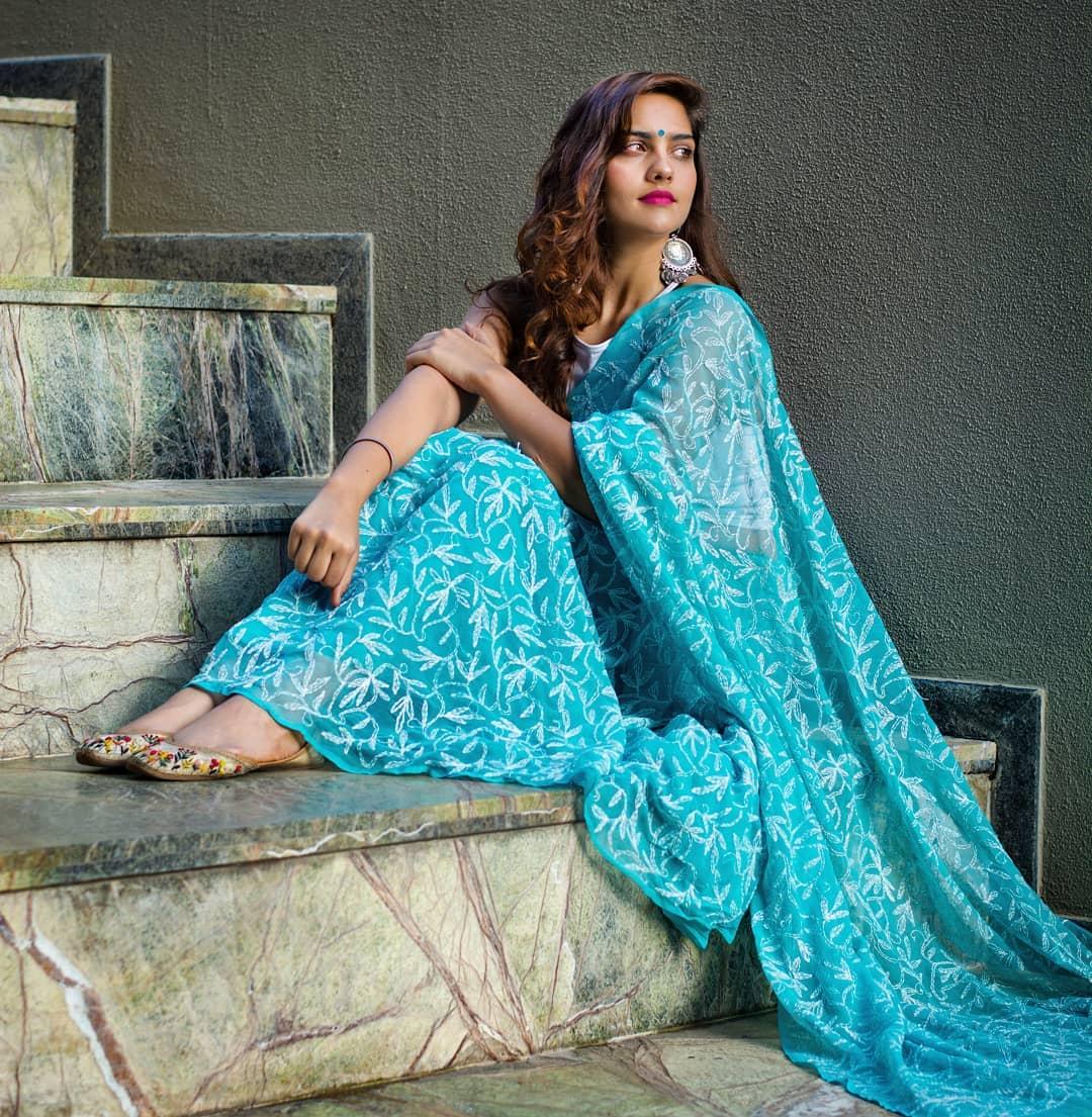chikankari-sarees-15