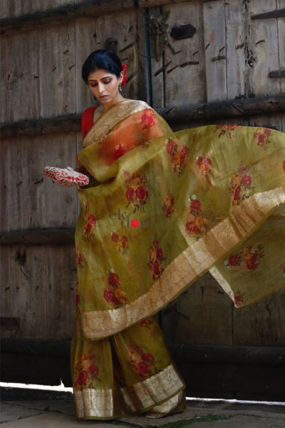 latest-floral-sarees-2