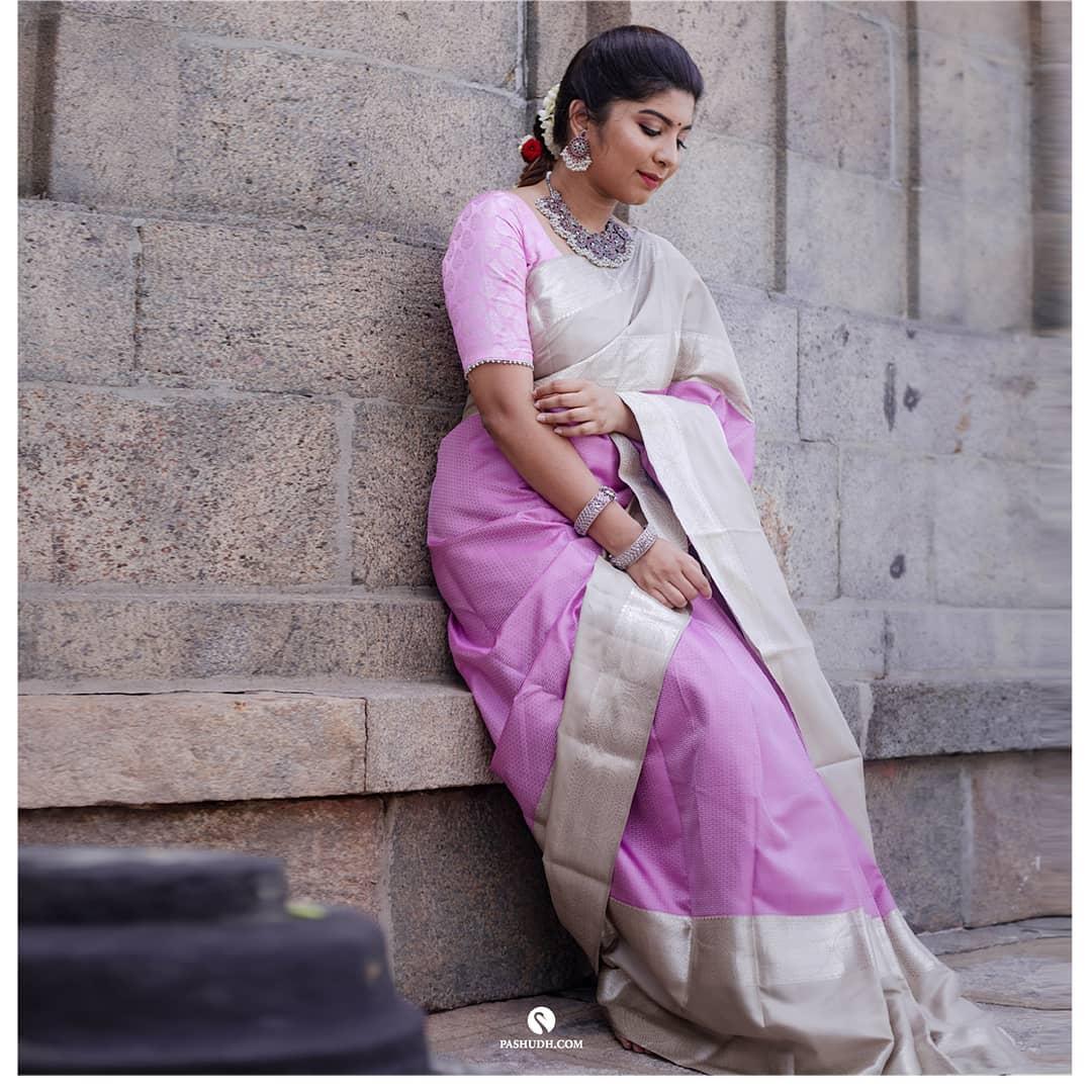 silk-sarees-with-designer-blouses-12
