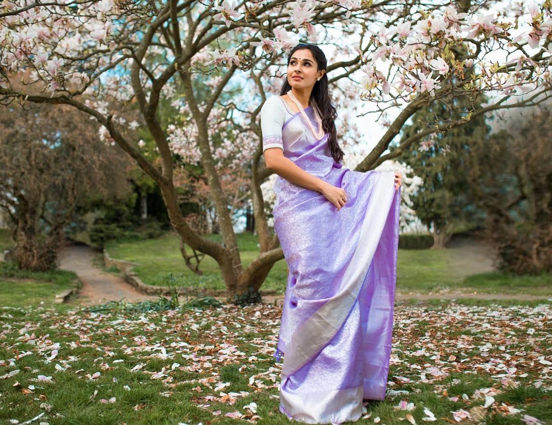 silk-sarees-with-designer-blouses-2