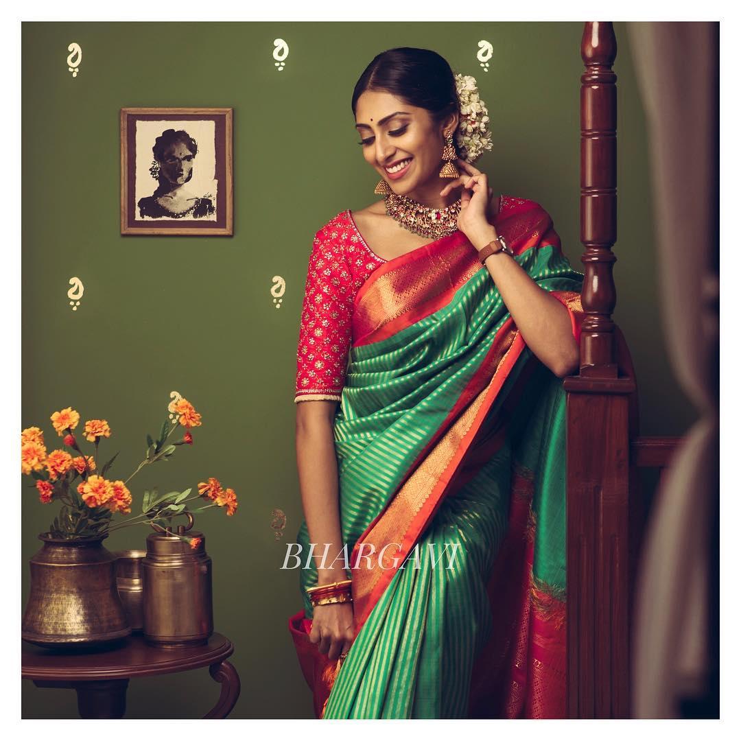 silk-sarees-with-designer-blouses-7