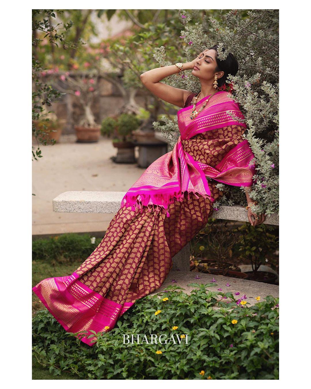 south-indian-latest-silk-sarees-12