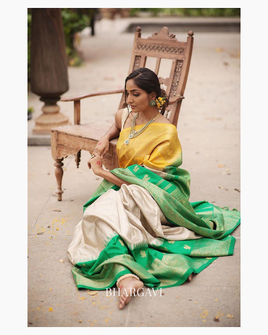 south-indian-latest-silk-sarees-6