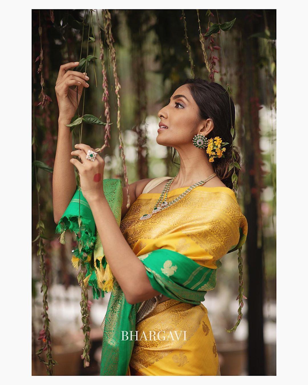 south-indian-latest-silk-sarees-7
