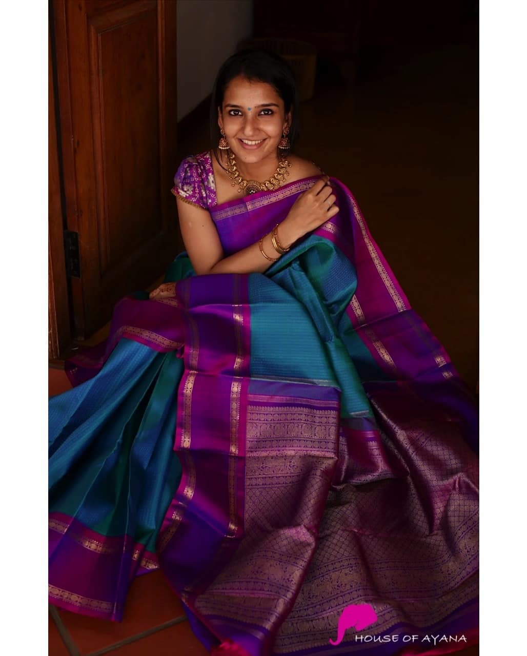 latest-silk-sarees-10