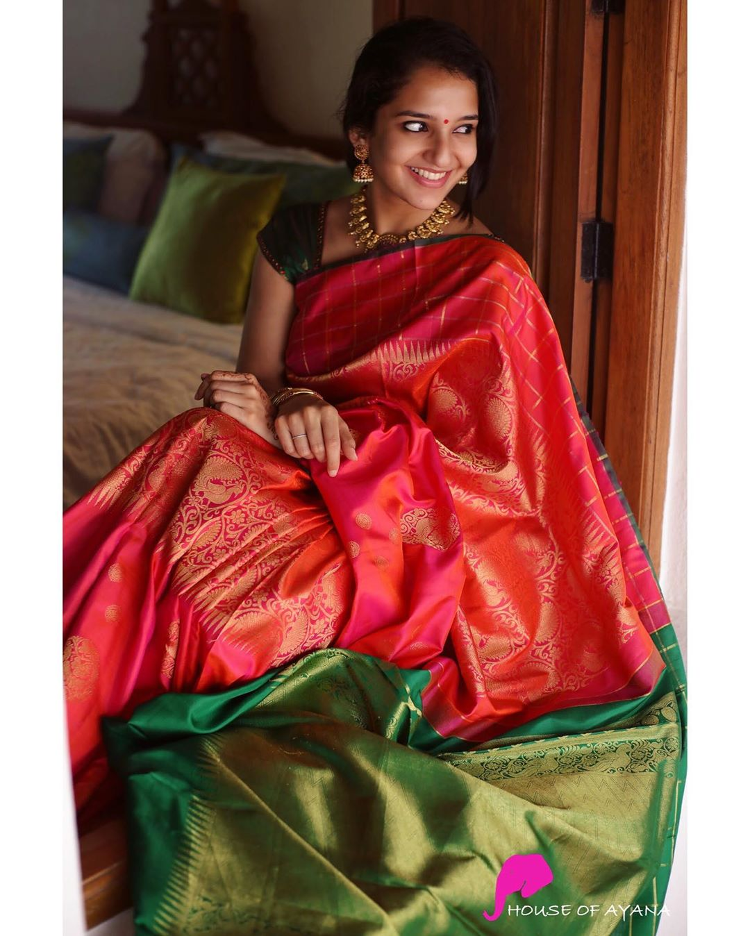 latest-silk-sarees-11
