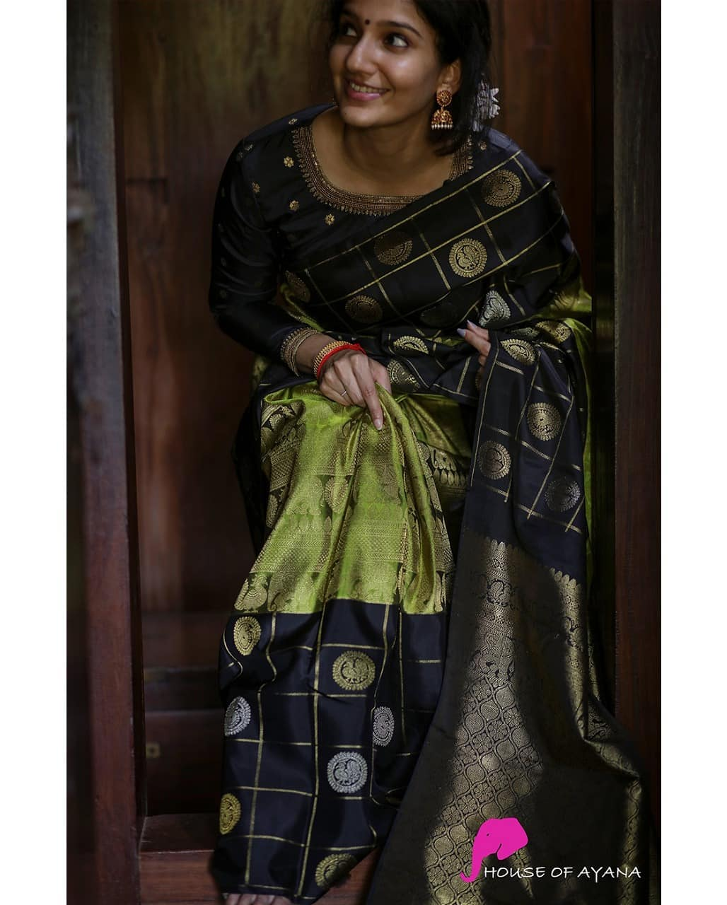 latest-silk-sarees-17