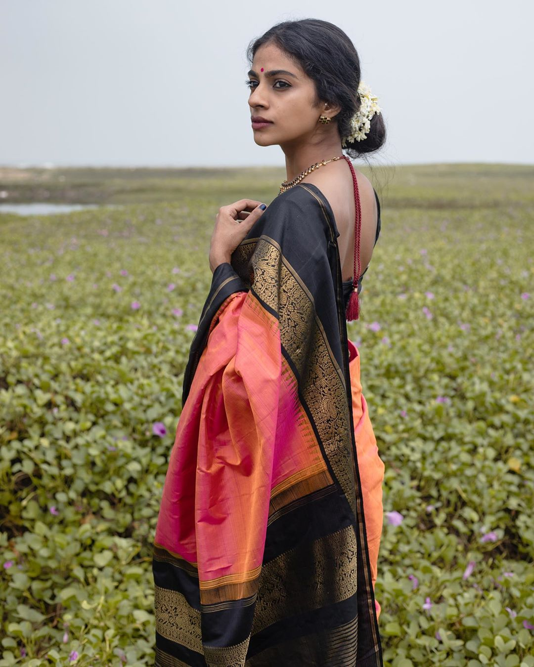 latest-silk-sarees-designs-7