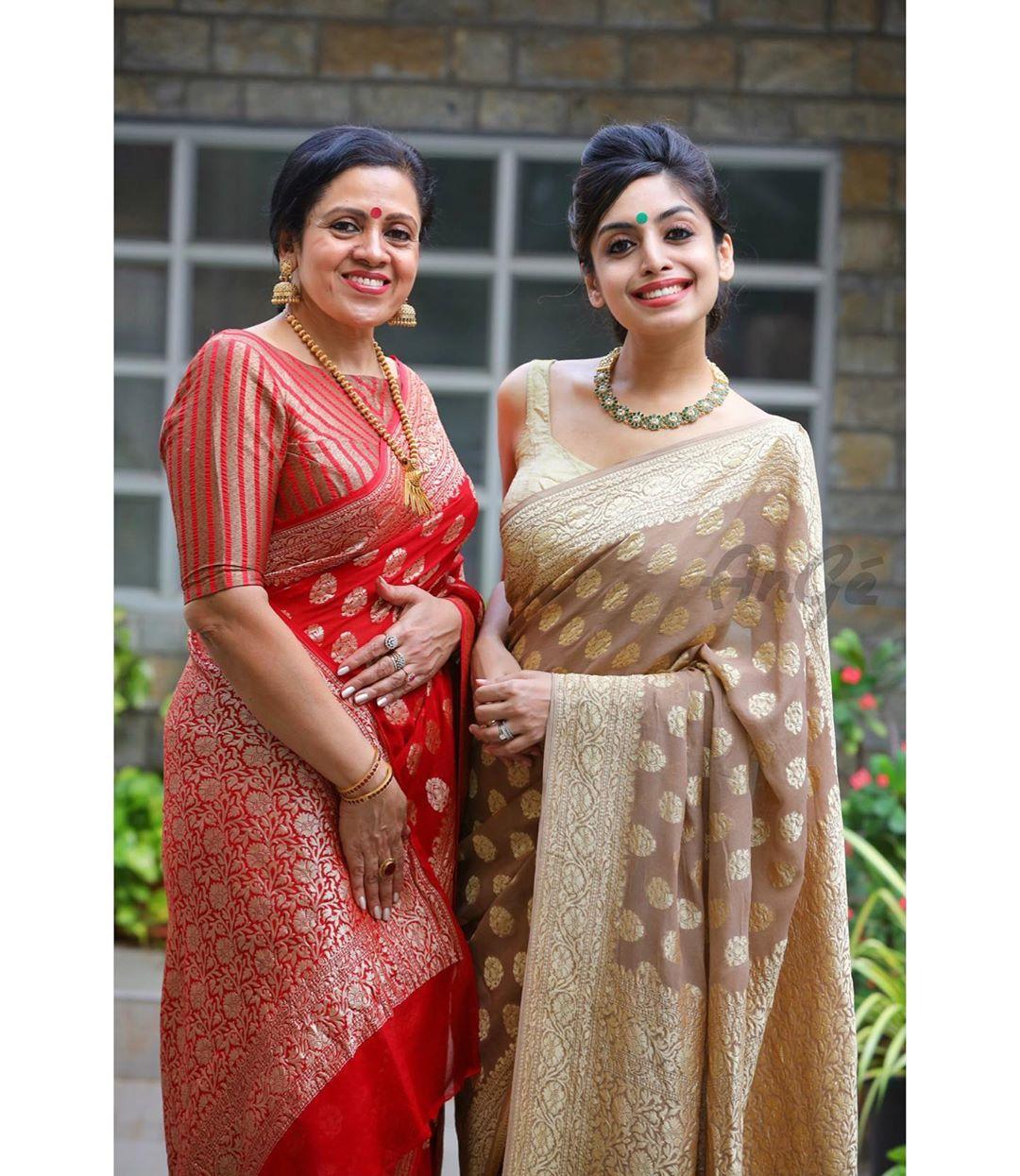 mother-daughter-sarees-17