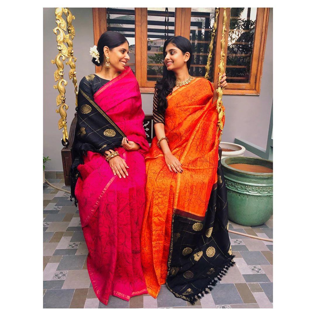 mother-daughter-sarees-3
