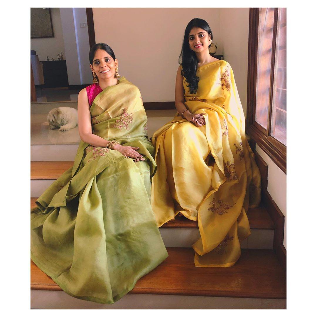 mother-daughter-sarees-6