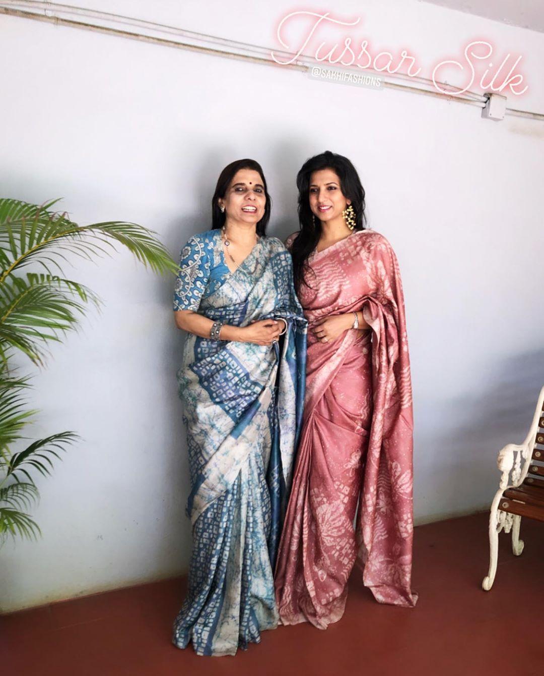 mother-daughter-sarees-7