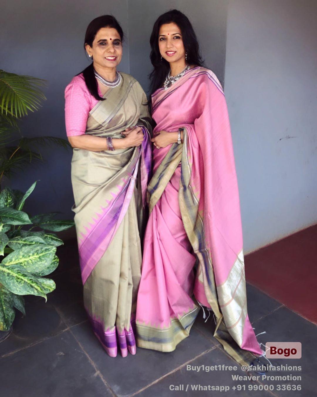mother-daughter-sarees-8