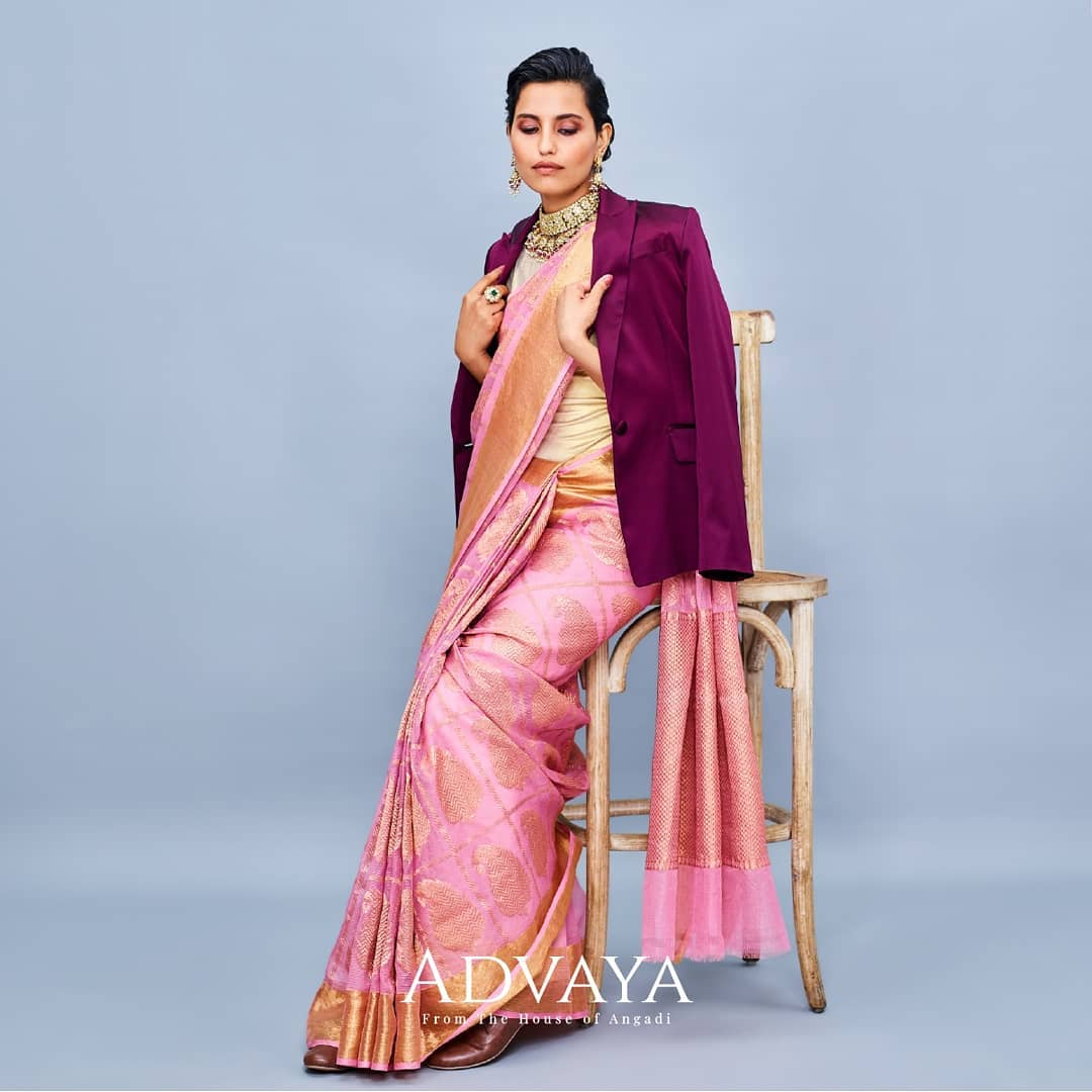 styling-sarees-for-winters-13