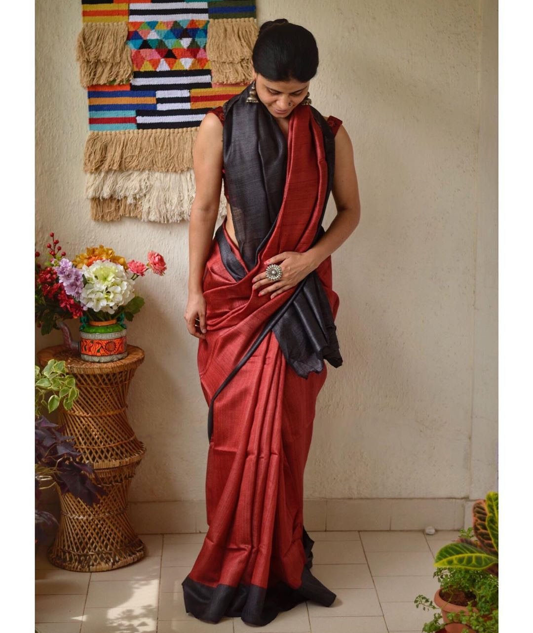 styling-sarees-for-winters-16