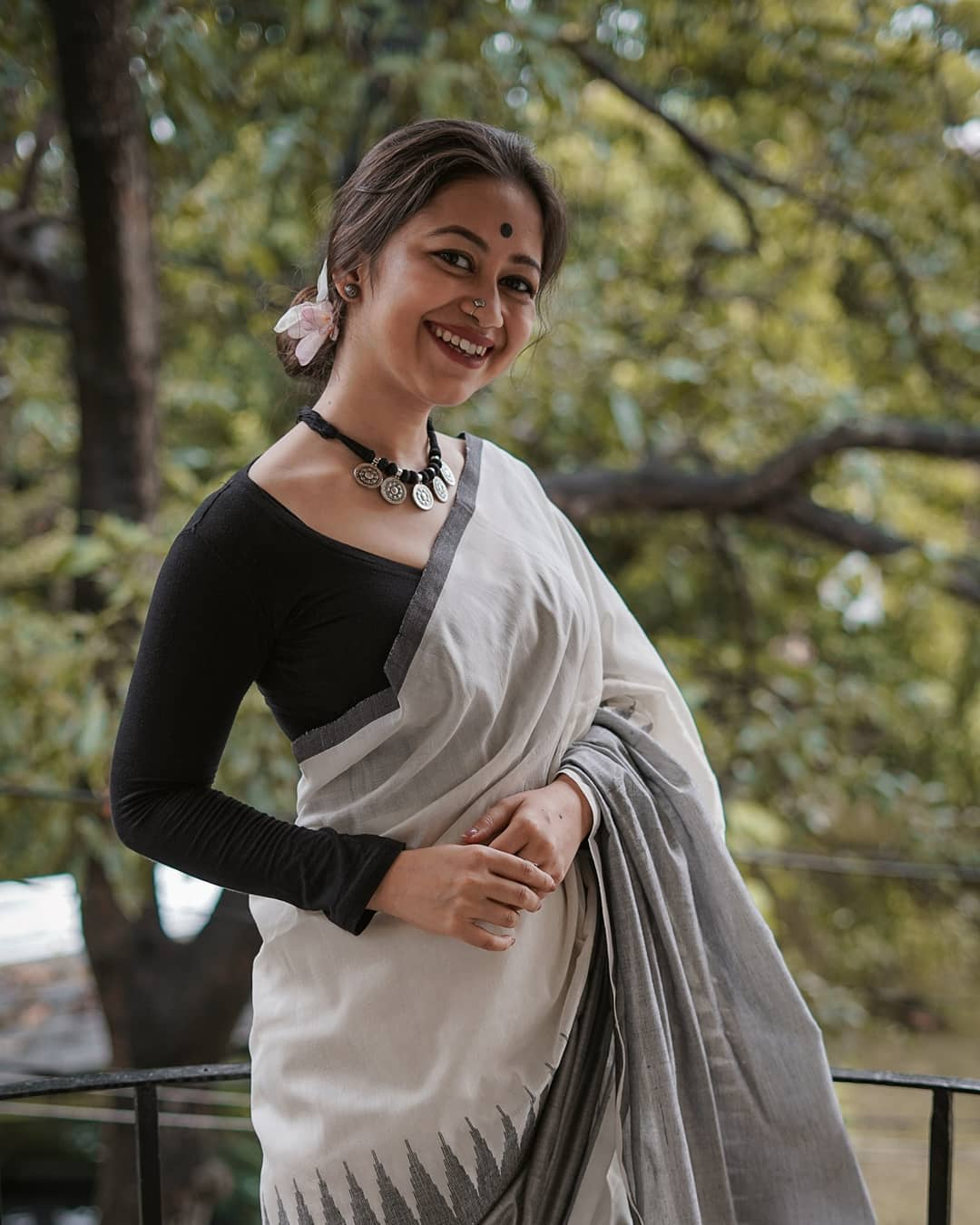 styling-sarees-for-winters-8