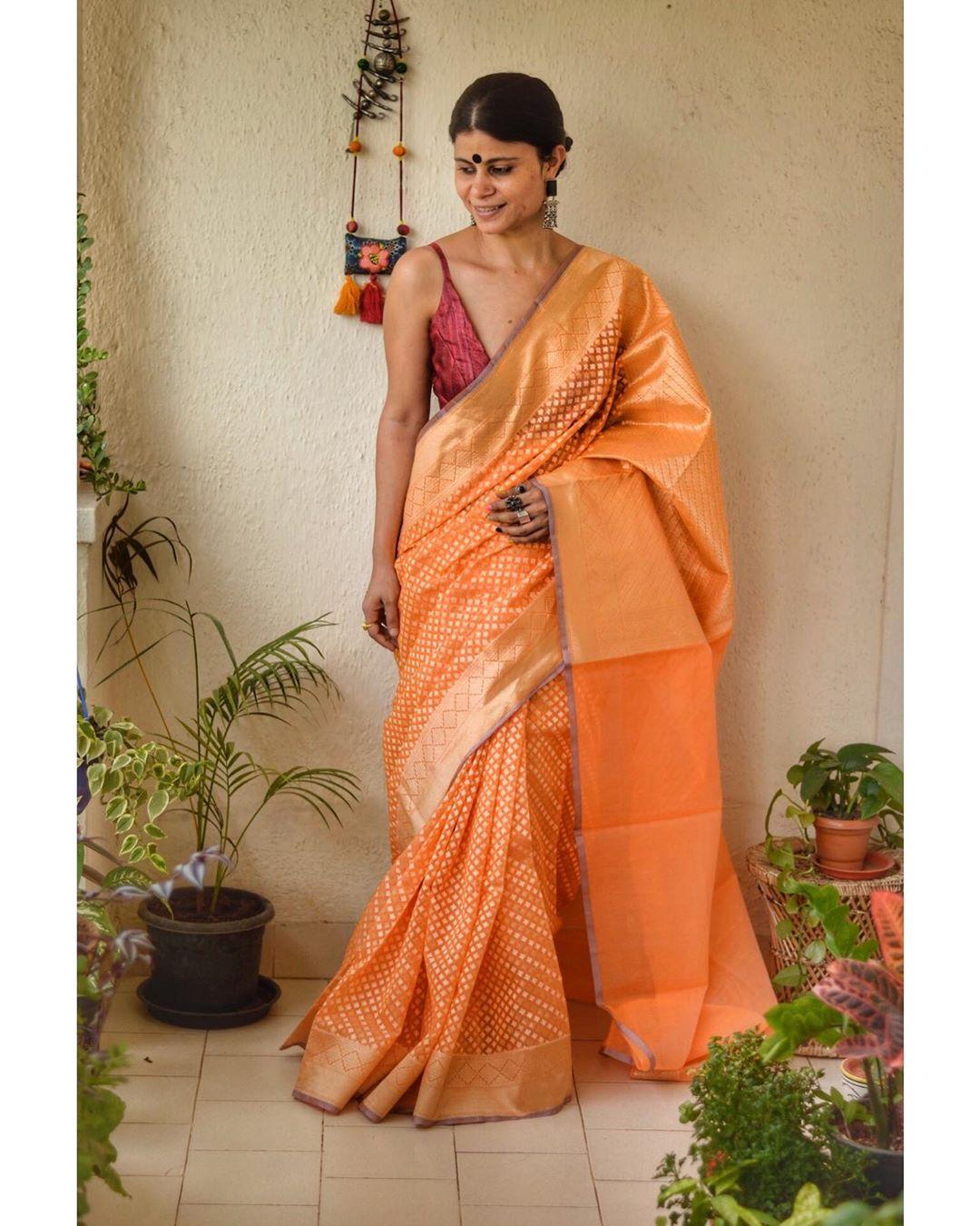 stylish-sarees-2020-10