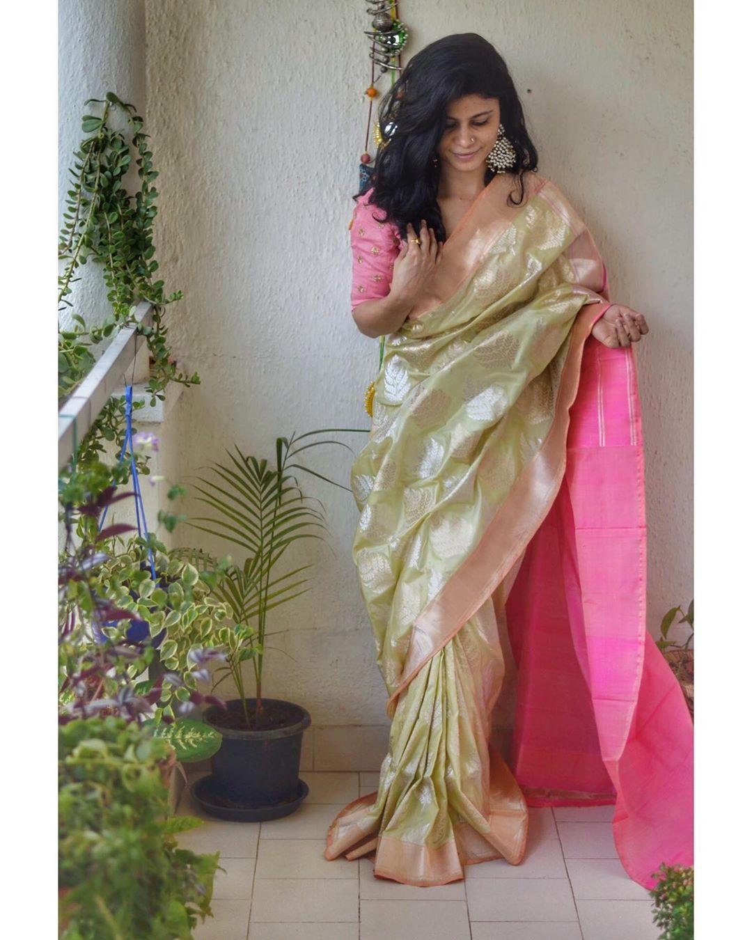 stylish-sarees-2020-16