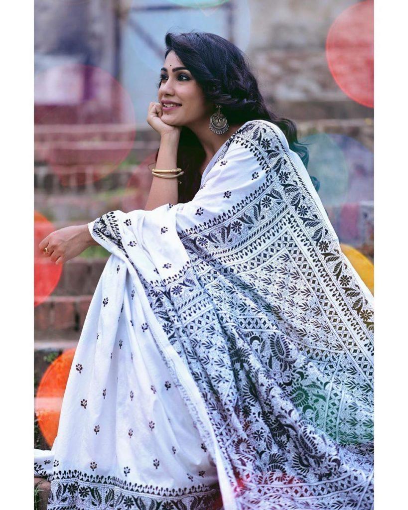 handloom-sarees-online-`14