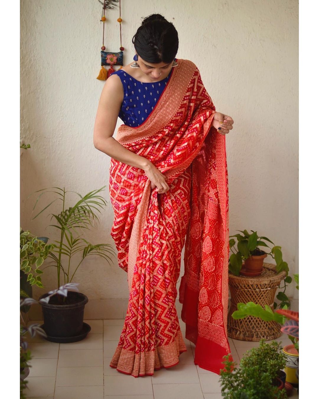 latest-silk-sarees-blouse-designs-11
