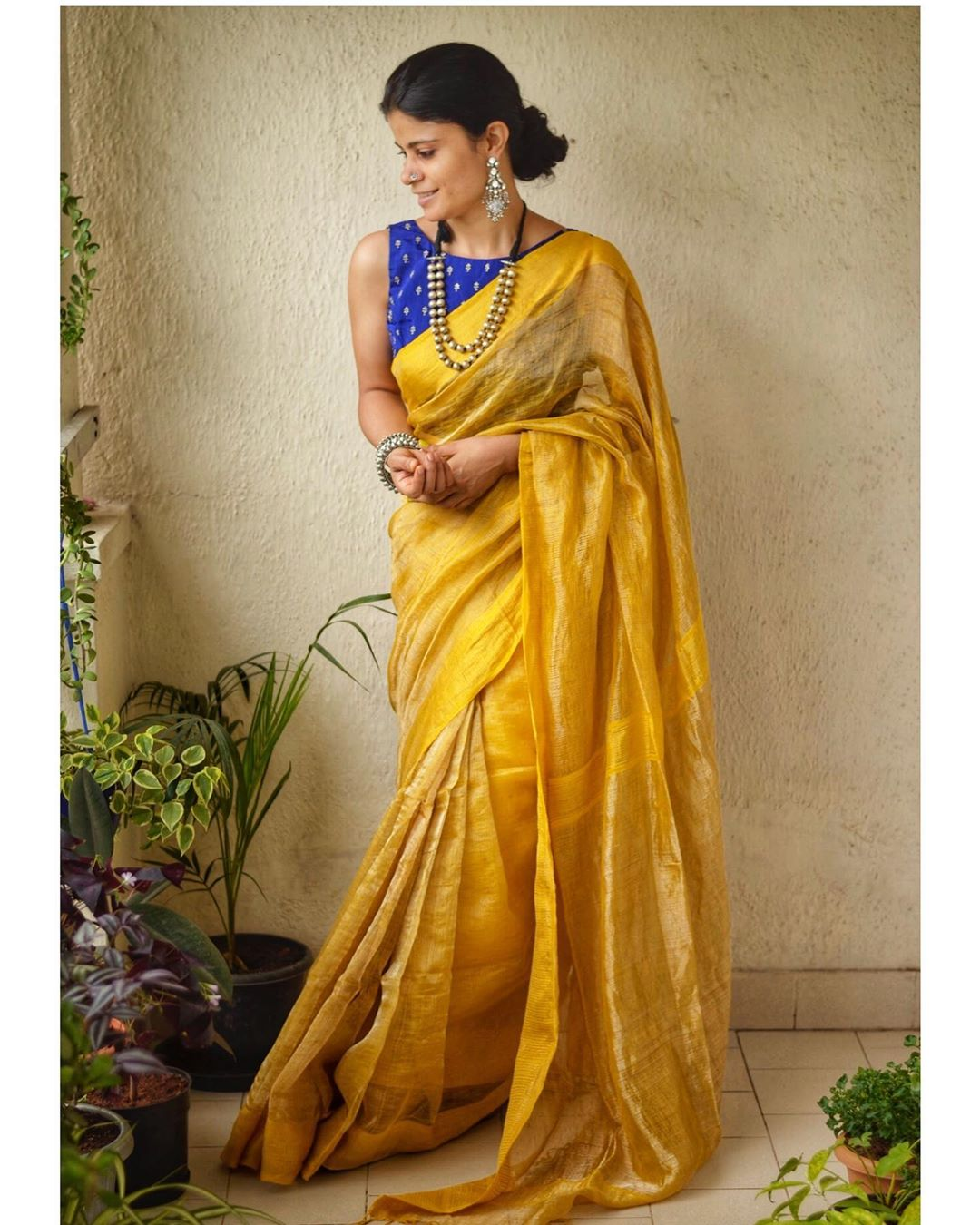 latest-silk-sarees-blouse-designs-9