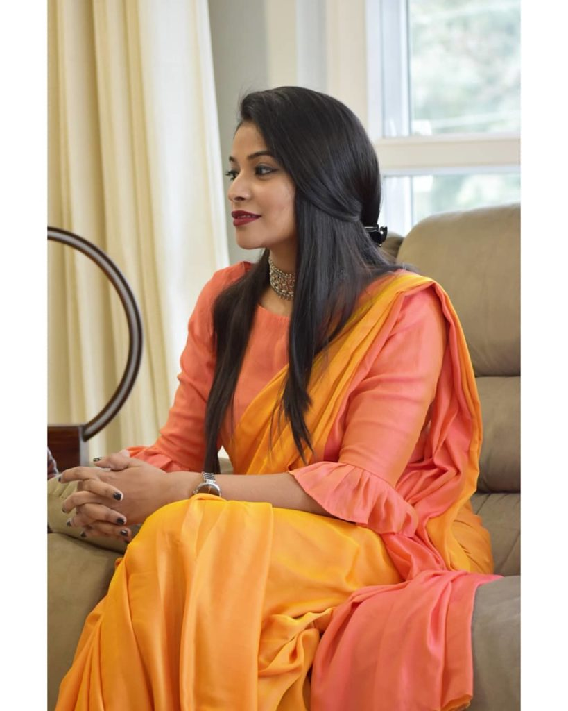 styling-plain-sarees-10